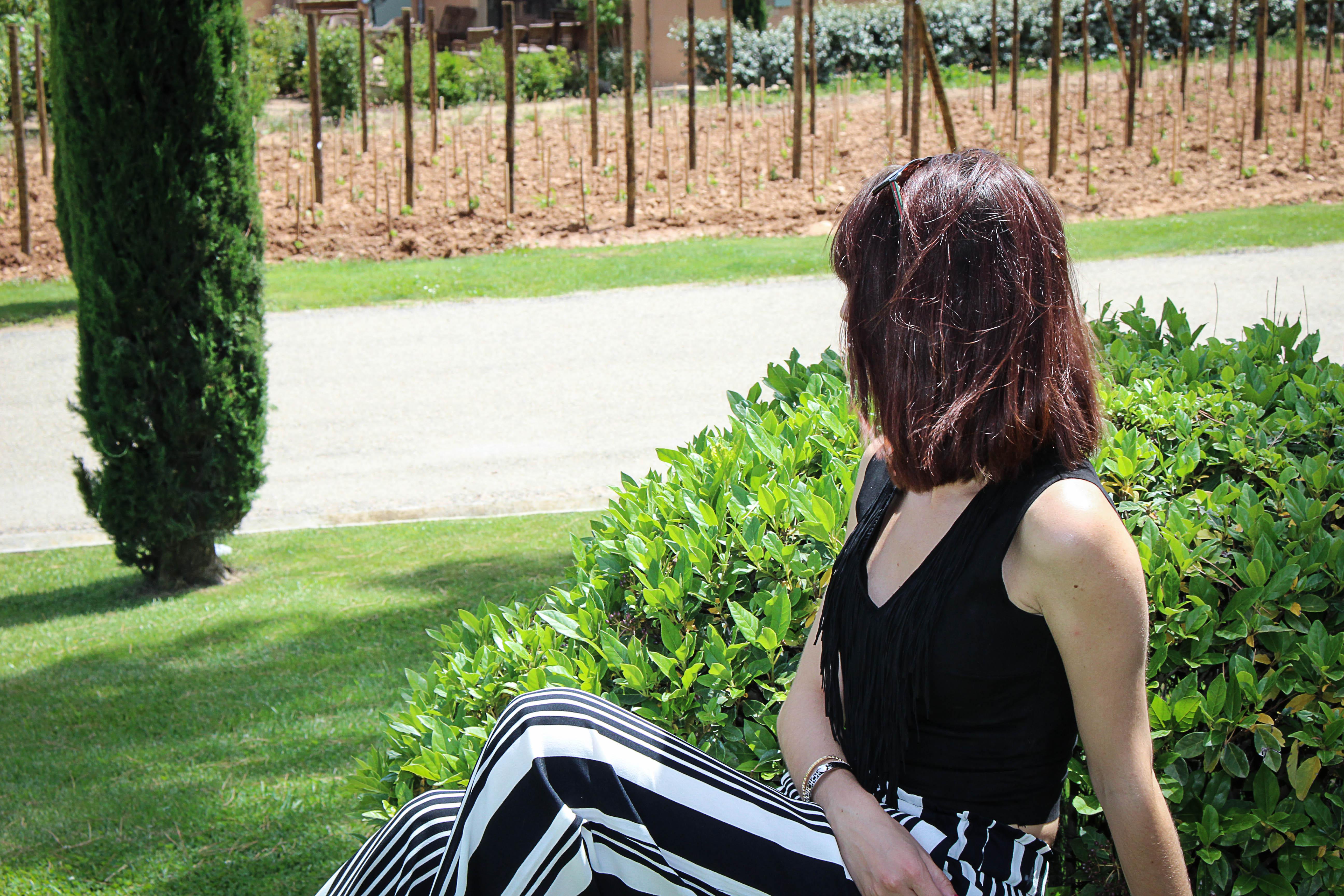 Pantalon Palazzo large à rayures noires et blanches